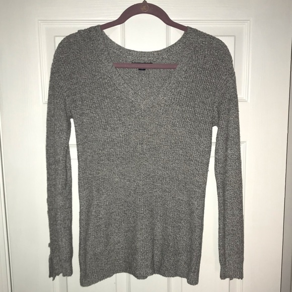 American Eagle Outfitters Tops - American Eagle V-Neck Sweater